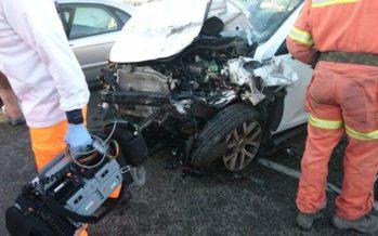 Un muerto y un herido grave tras un choque frontal entre dos vehículos en la V-31