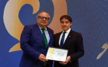 Colomer firma un manifiesto en Fitur por la calidad turística