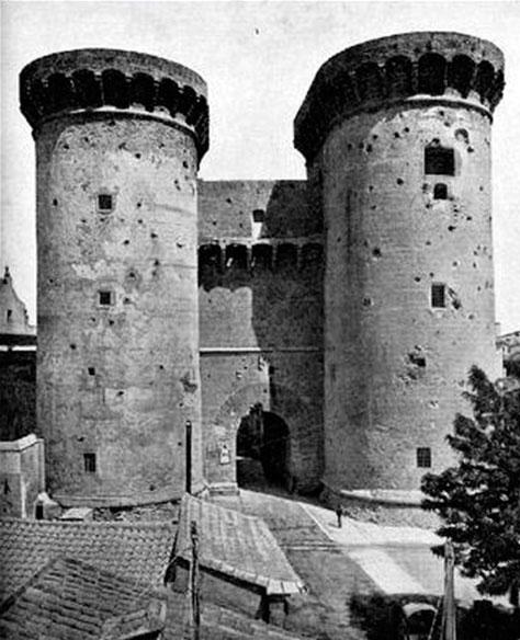 Algo muy parecido a esto debieron ver los franceses. Imagen de las Torres de Quart a finales del siglo XIX.