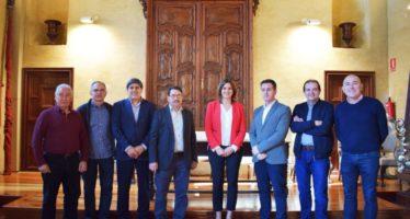Sandra Gómez es reunix amb el Gremi de Fusters de València i Província