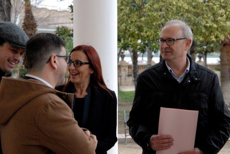 Ivan Martí, Emili Altur, Maria Josep Amigó i Francesc Salom durant la visita al Casal Jove de Carcaixent