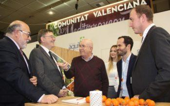 Puig respalda la fruta valenciana en la feria Fruit Logistica de Berlín