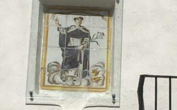 L'Ajuntament protegeix el retaule ceràmic de Sant Vicent a l'Alqueria d'Olba