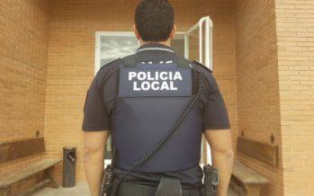 La Policía Local de Chiva detiene a un hombre mientras robaba en un colegio