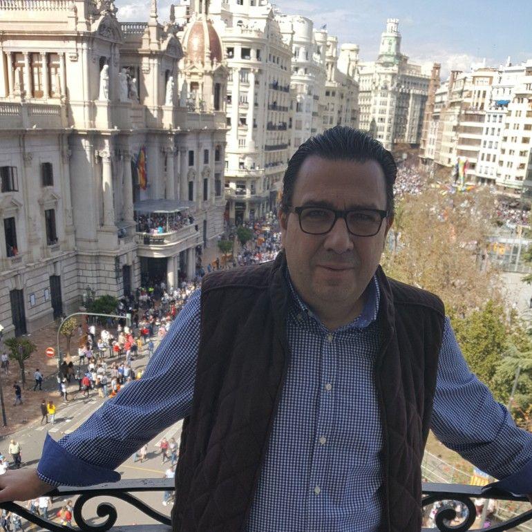 Juan Fernández, Secretario General de Contigo en València.