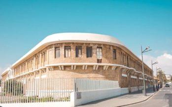 Ribó aplaude la cesión de los Docks de La Marina para usos culturales y de innovación