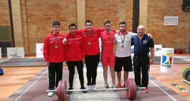 El Valencia CH logra un oro, tres platas y dos bronces en el Campeonato Junior de la Comunitat