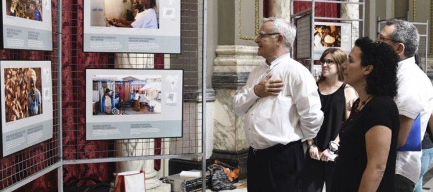 L'exposició d'ACNUR 'Imprescindibles per a la pau' s'obri en el Saló de Cristall