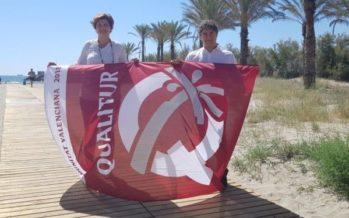 Colomer entrega distintivos de calidad a las tres playas de Castellón