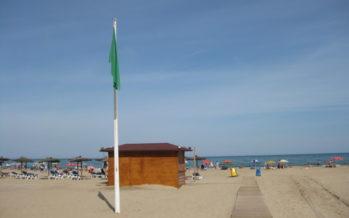 Instalació de pasarel.les per accedir a les platges