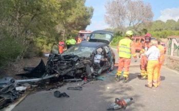 Muere una mujer en Sagunt al chocar con su vehículo contra un muro