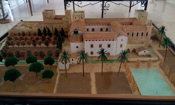 Vista general del jardín del palacio en su época temprana, la influencia de los jardines-huerto árabes es patente.