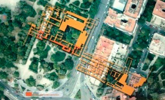 Situación hipotética del palacio tal donde estaría situado en la actualidad, radiografía de los restos encontrados en los años 90. La parte coloreada en naranja oscuro es la parte expuesta en la actualidad en los Viveros municipales.