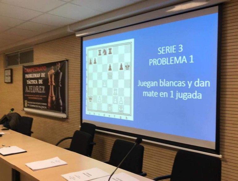 Los participantes resolvieron mas de 150 problemas.