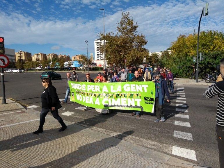 Per l'Horta vuelve a reclamar a Fomento que renuncie a la ampliación de la autovía V-21
