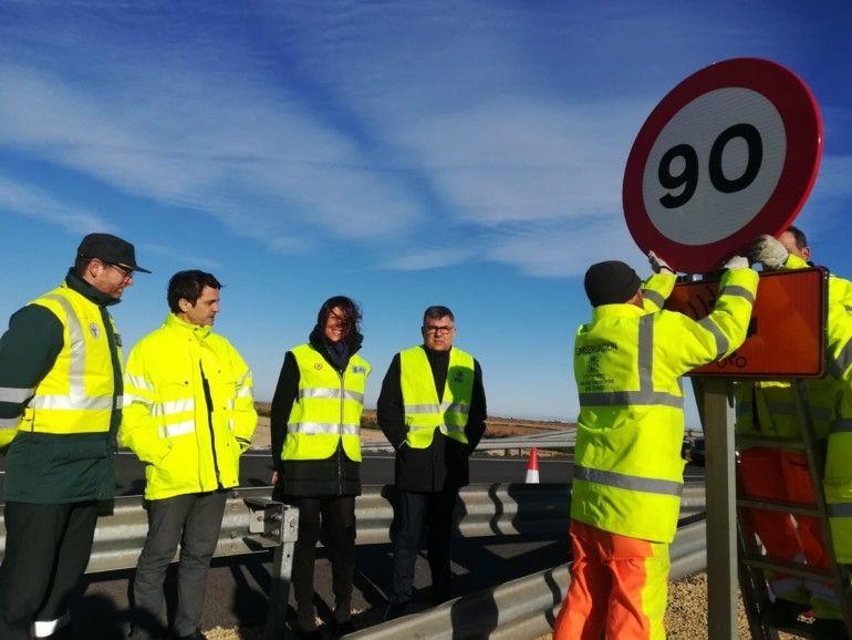 retirada señales 100 kms/hora