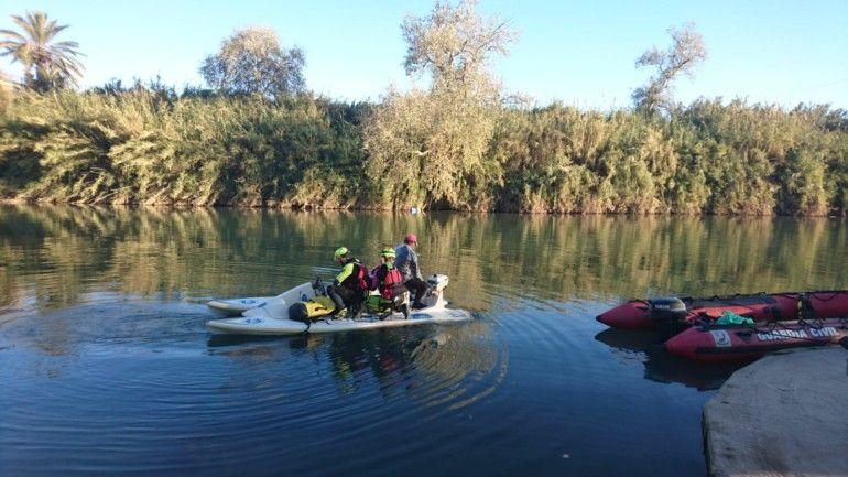 El Grup Especial de Rescat En Altura (GERA) rastreando en superfície. Foto: CPBV