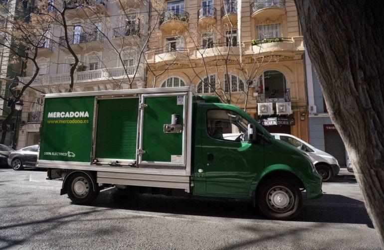 Camión eléctrico para el reparto online de València