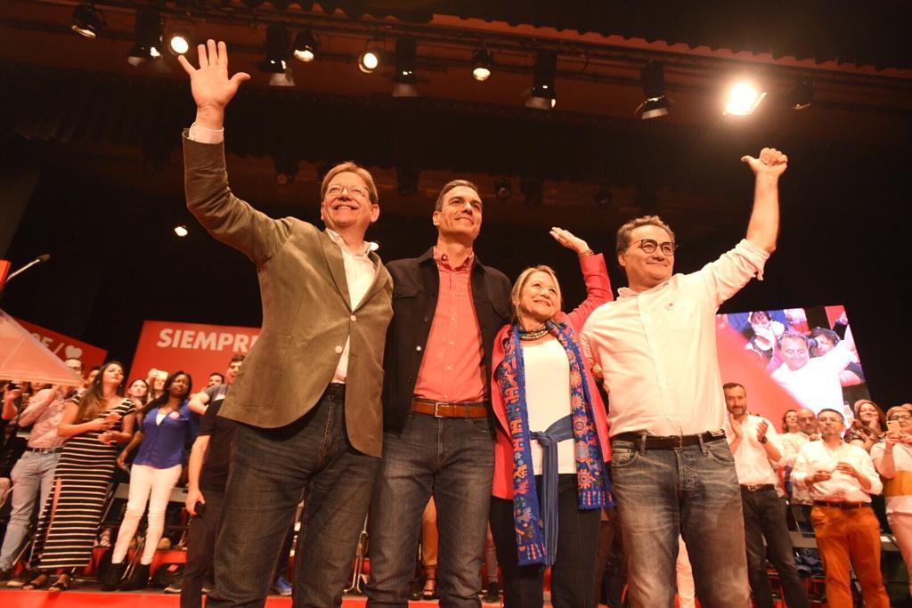 Ximo Puig, Pedro Sánchez, Paco Sanguino e Inmaculada Rodíguez Piñero en Alicante