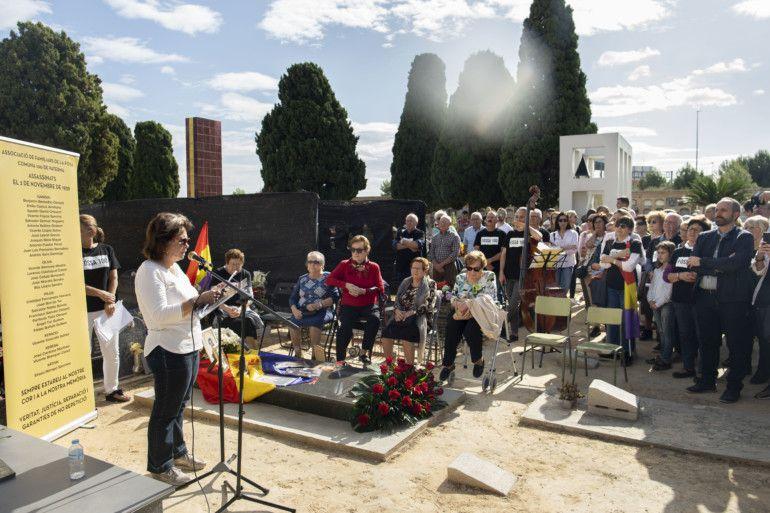 Fosa 100 cementerio Paterna