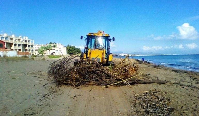 limpieza playa Denia